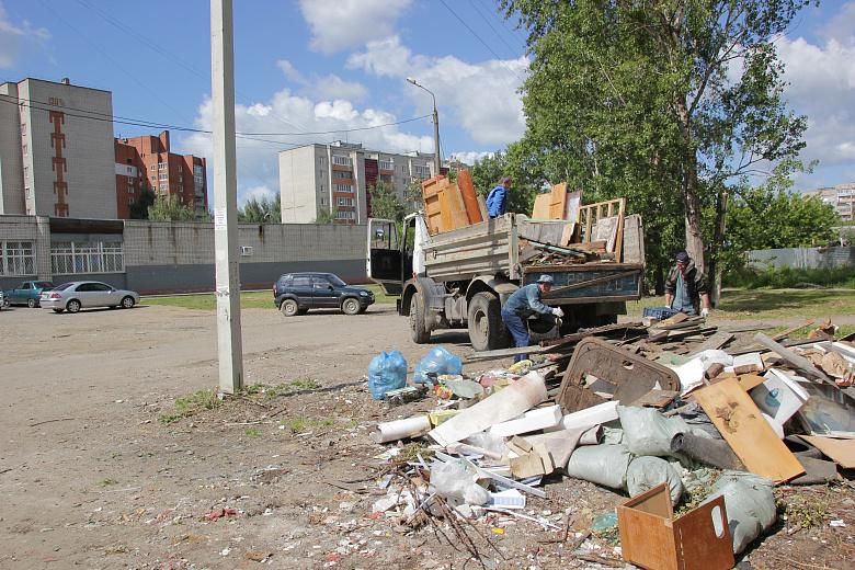 С начала года во Фрунзенском районе ликвидировали 75 несанкционированных свалок